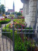 Vorgarten-in-historischer-Altstadt